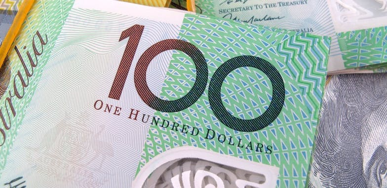 $100 note close up