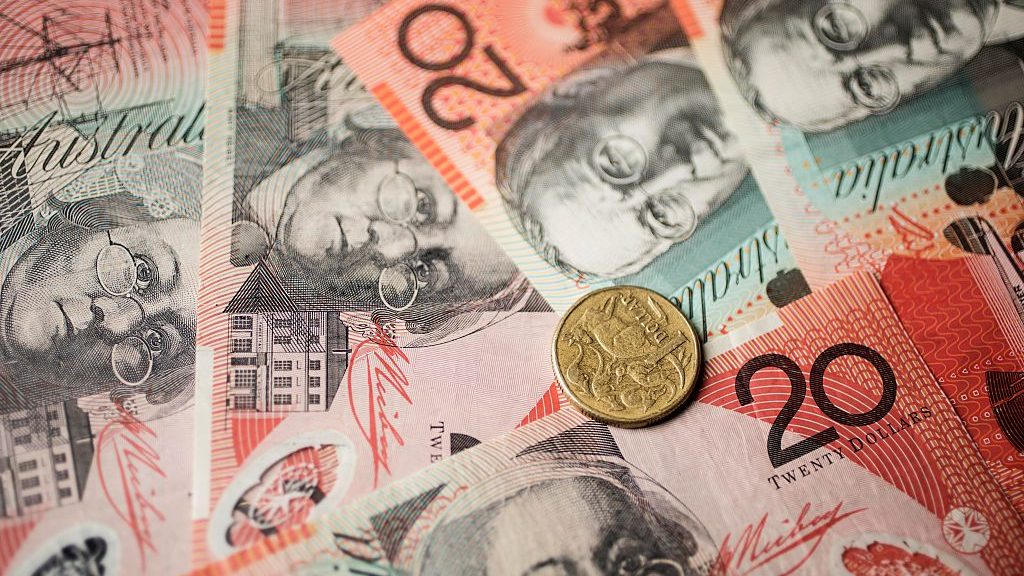 Australian notes and coins.