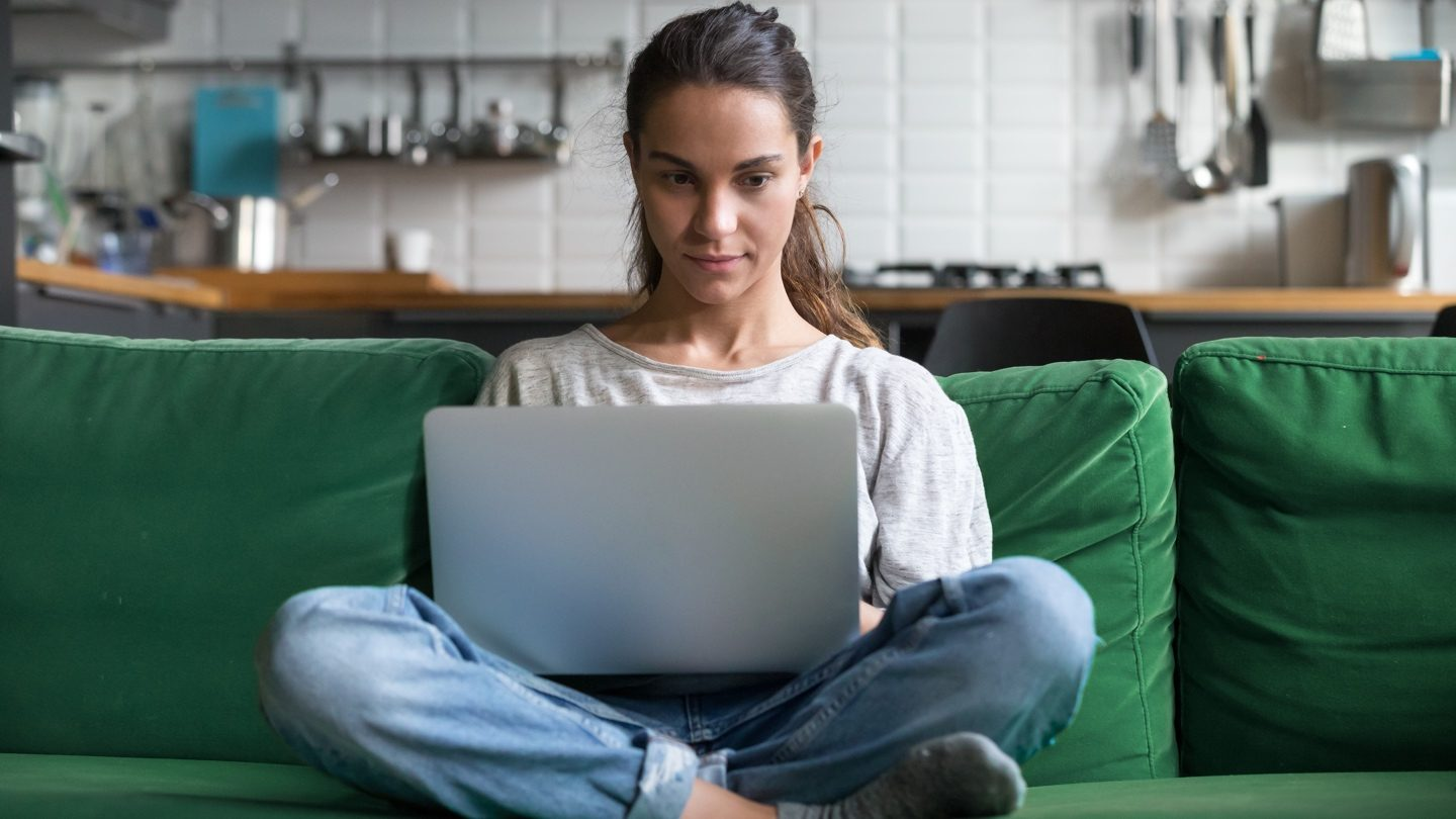 woman-banking-on-her-laptop