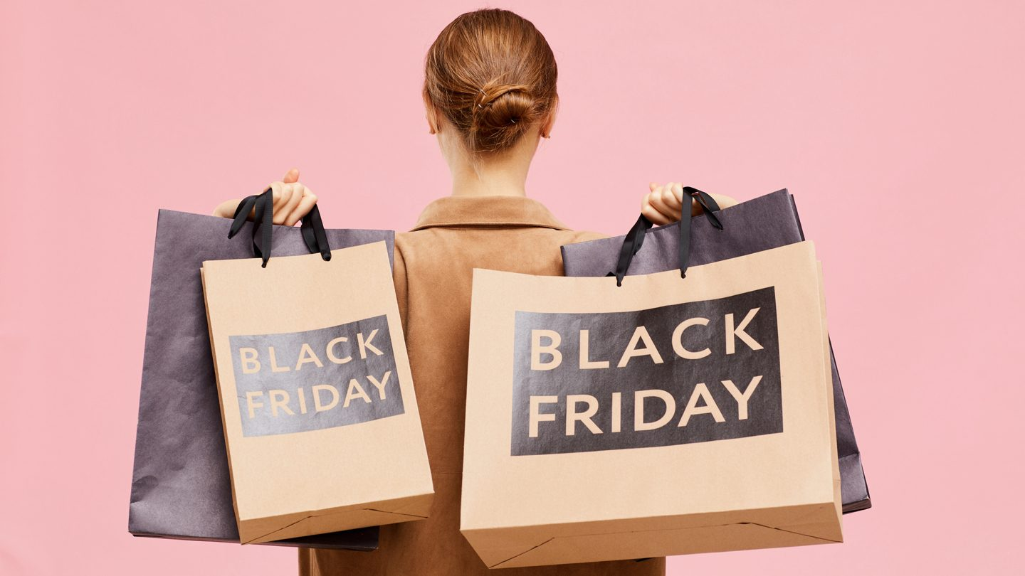 BNPL for insurance, Black Friday sales & borders reopening: This week's best banking news