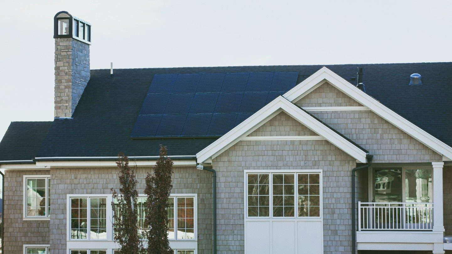 Solar%20panels%20on%20rooftop