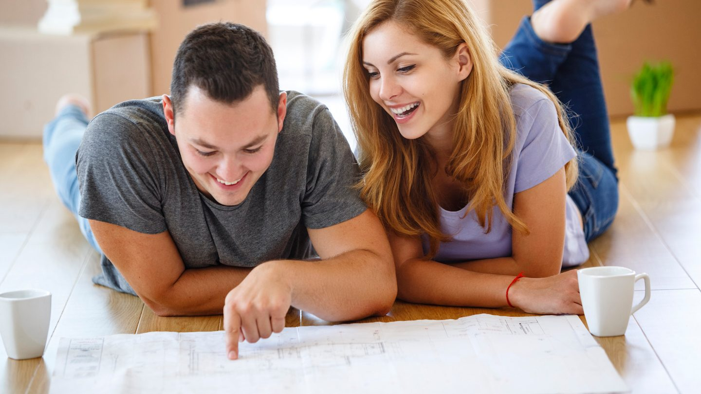 young-couple-doing-home-rennovation-with-loan